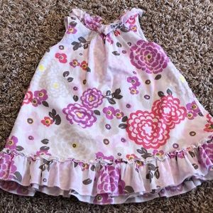 Toddlers girl floral dress, size 6-12 mos